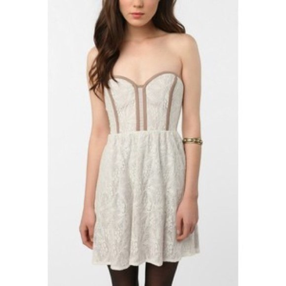 Urban Outfitters (Pins & Needles) Strapless Dress